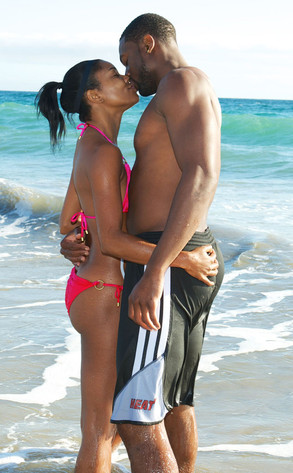 gabby and dwayne kiss